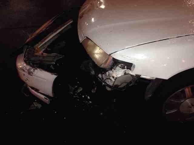 Unbelievable Accident-imageuploadedbyautoguide1388107549.521270.jpg