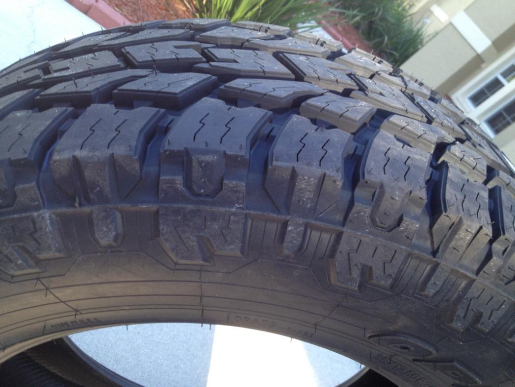 Pics of My New 35x12.50x20 Toyo AT2 Extremes-imageuploadedbyautoguide1395180655.129814.jpg