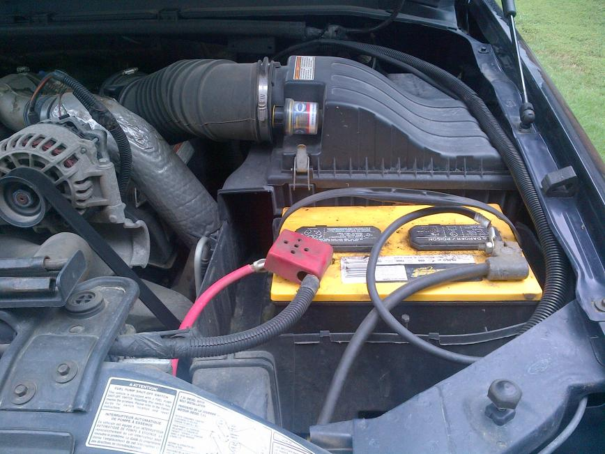 Two batteries, huring air flow..ideas?-img-20120709-00847.jpg