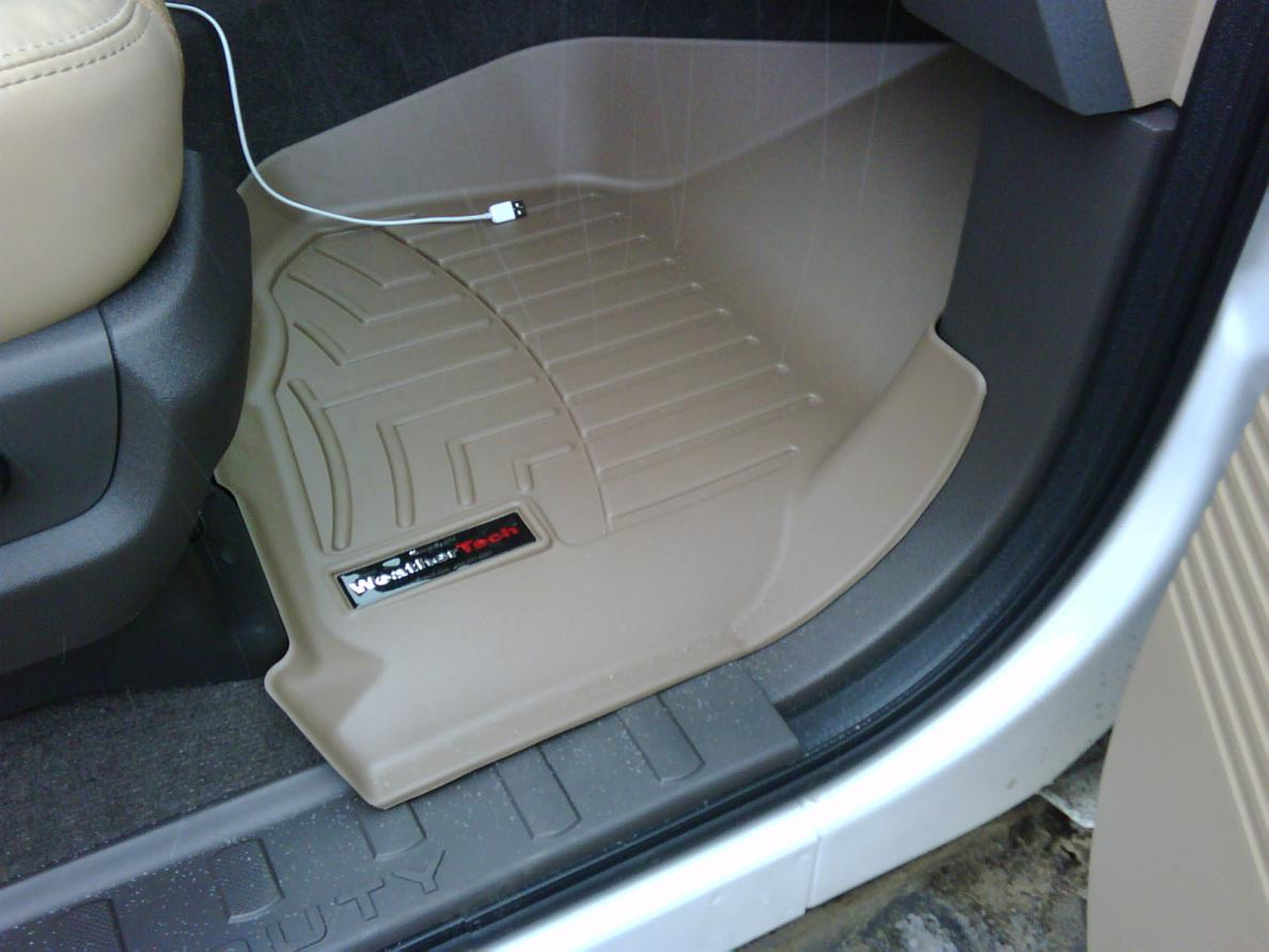 Floor mats-img00344-20101026-1212.jpg