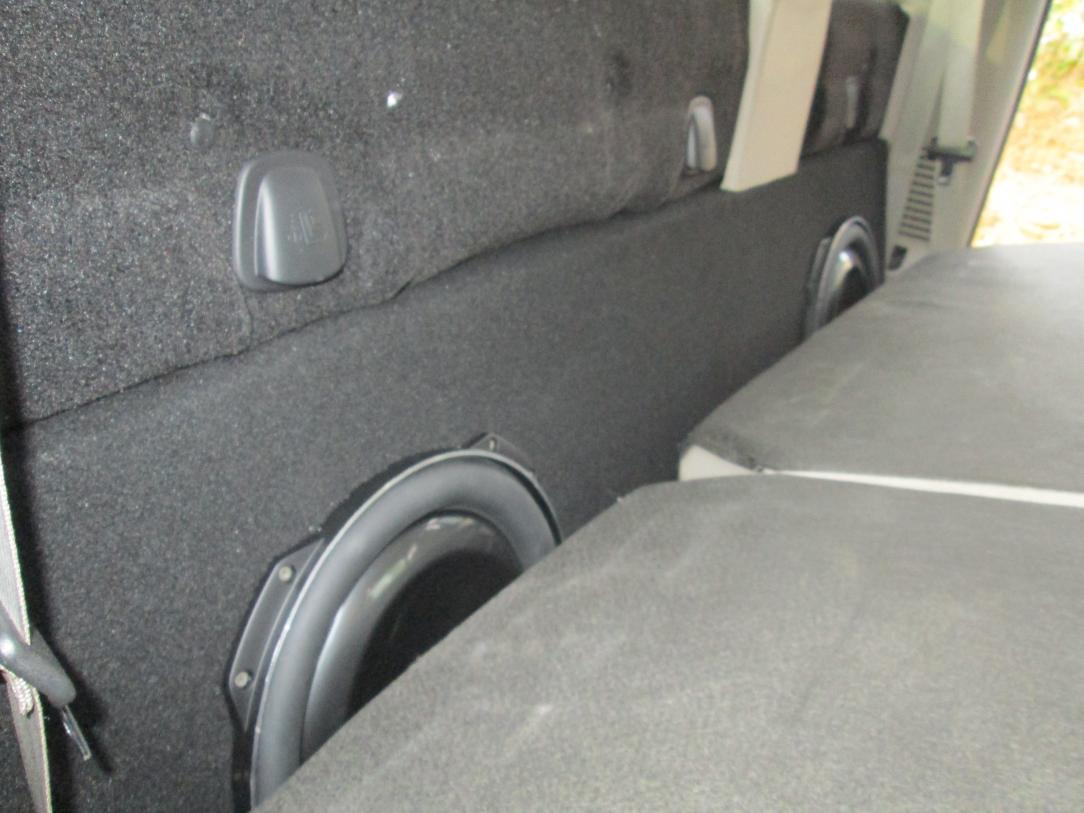 two jl audio 13tw5 installed!!!-img_0132.jpg