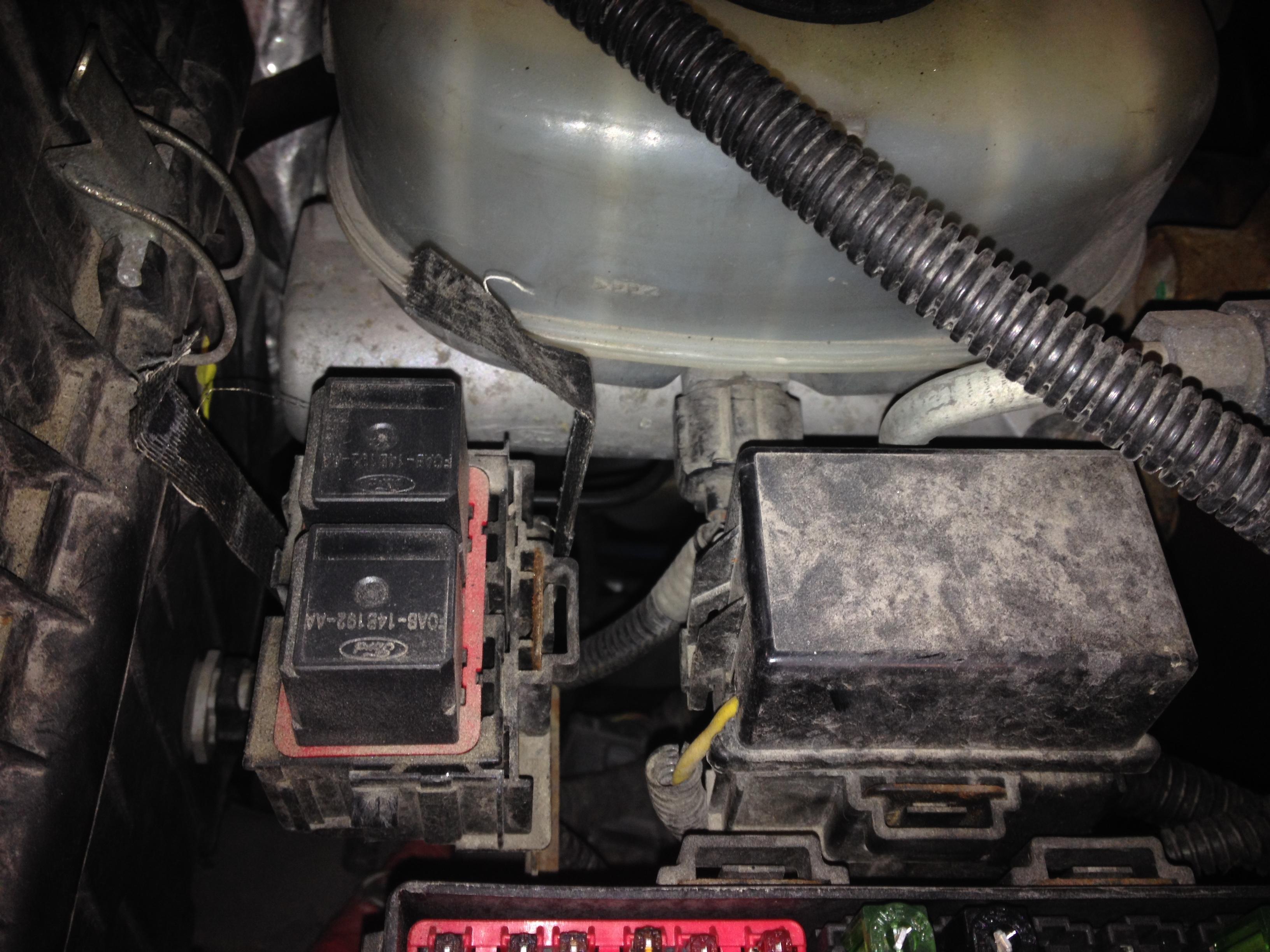 2000 PSD cranks, relays under dash clicking - Ford ...