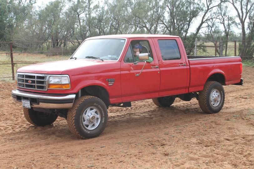 looking for 2 inch lift pics-img_0680_2.jpg