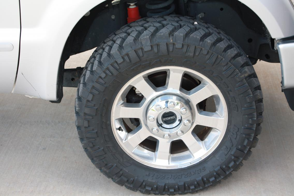 Painted everything color match and got new tires.-img_0850.jpg
