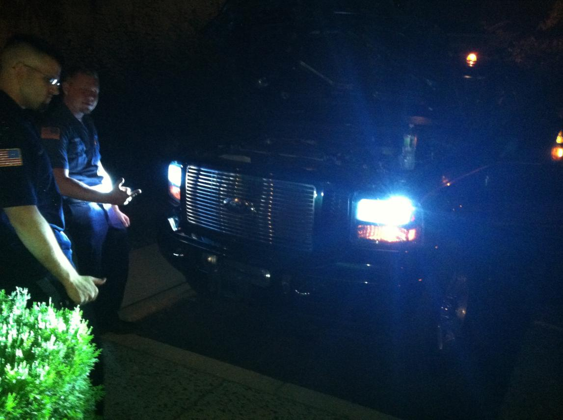 HIDs wont stay on???HELP-img_1695.jpg