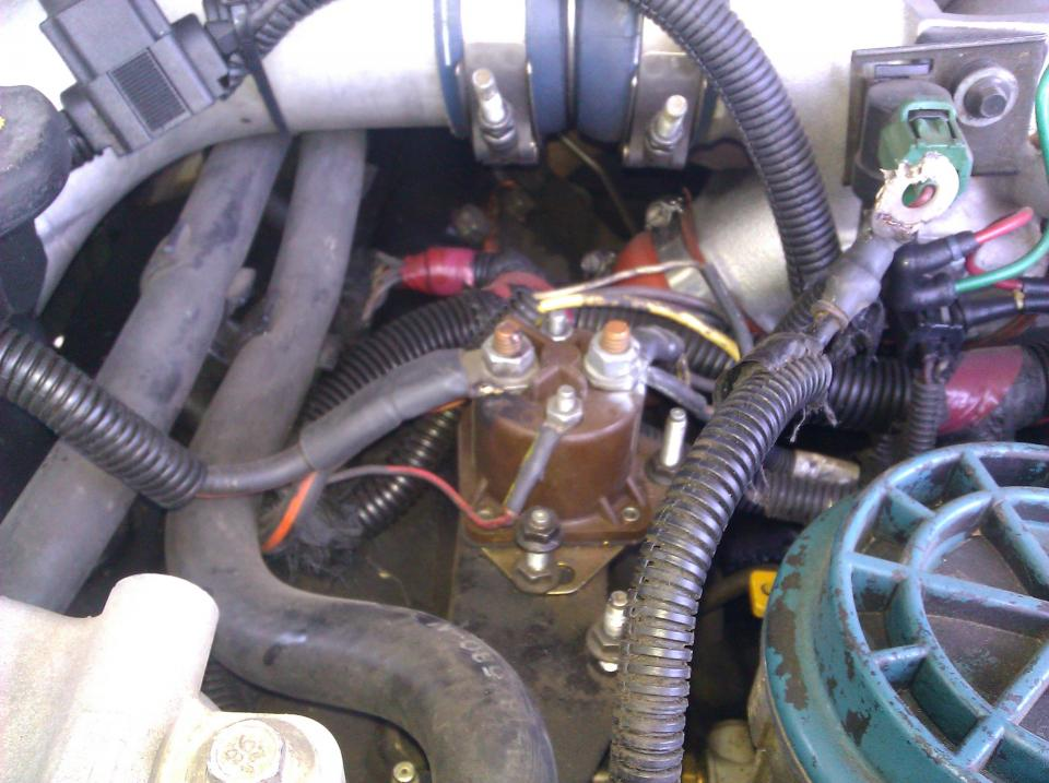 Ignition Switch Location 03 Avalanche besides Leaf Spring Rear Suspension Diagram likewise 2010 Ford F 150 Door Lock Wiring Diagram besides Ecu likewise 89 Ford F150 Fuse Box Diagram. on ford power control module location