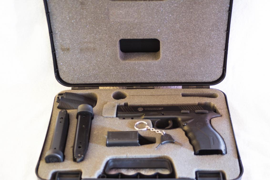 I got a new pistol - Taurus 845-img_6109.jpg