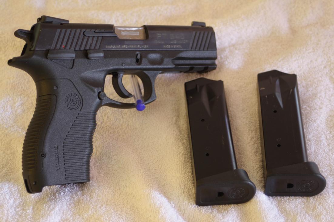 I got a new pistol - Taurus 845-img_6118.jpg
