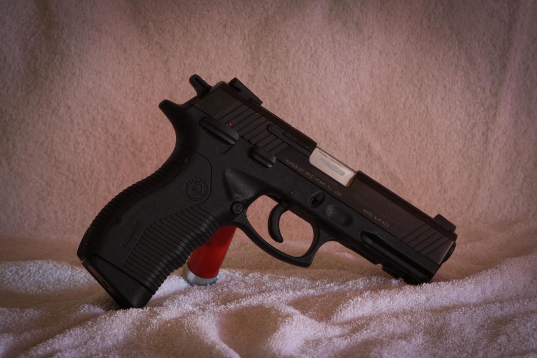 I got a new pistol - Taurus 845-img_6152.jpg