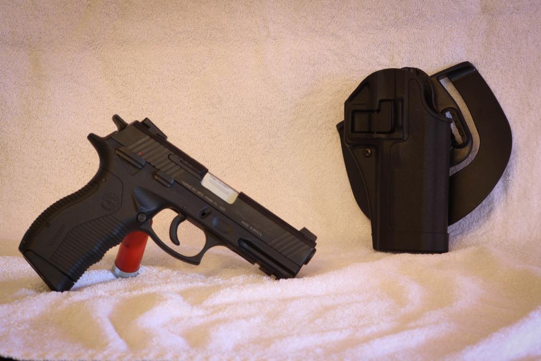 I got a new pistol - Taurus 845-img_6155.jpg