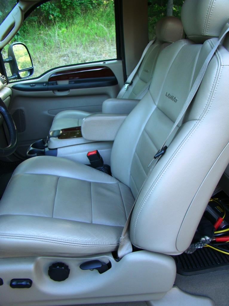 2006 with only 33,000 miles!-interior.jpg