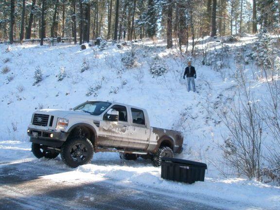 Hunting trip... pics and report!-loading-elk.jpg