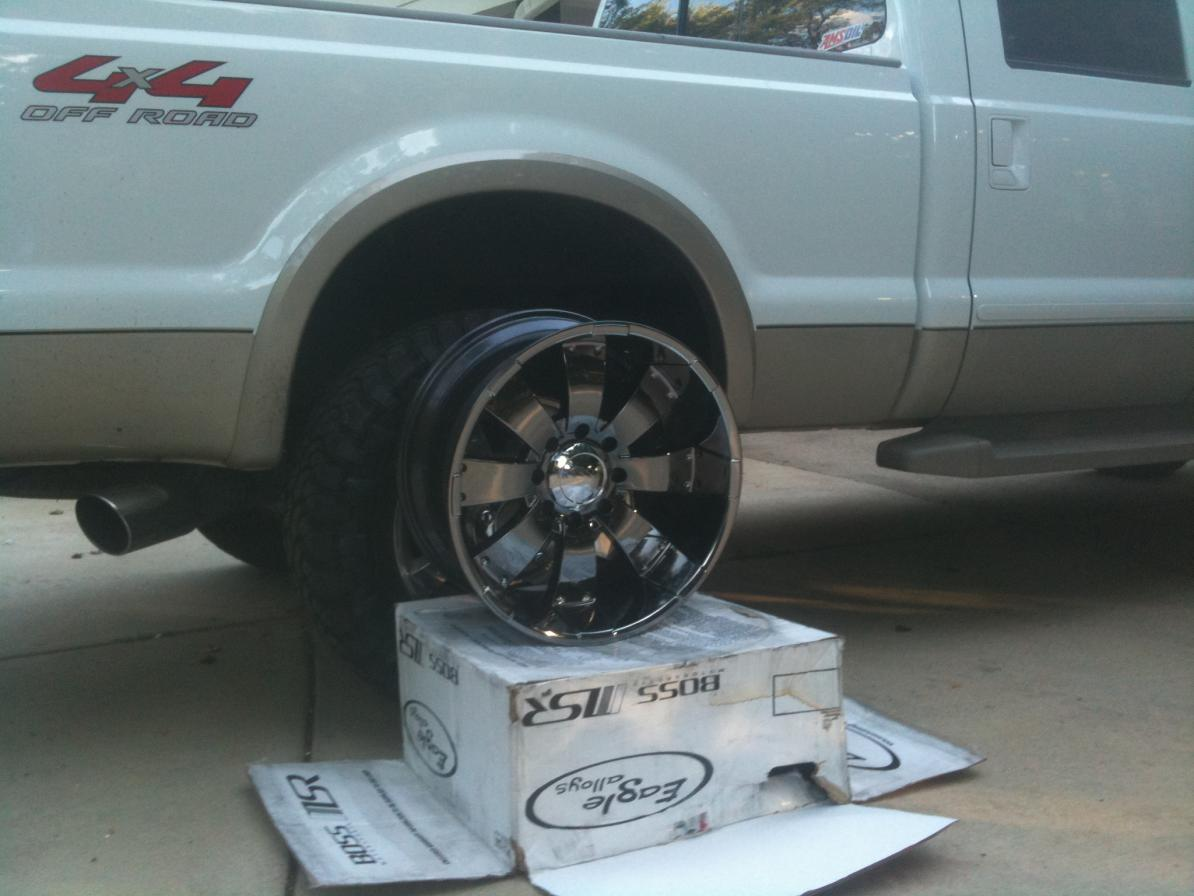 """black chrome"" 22s on a white King Ranch-new22s1.jpg"