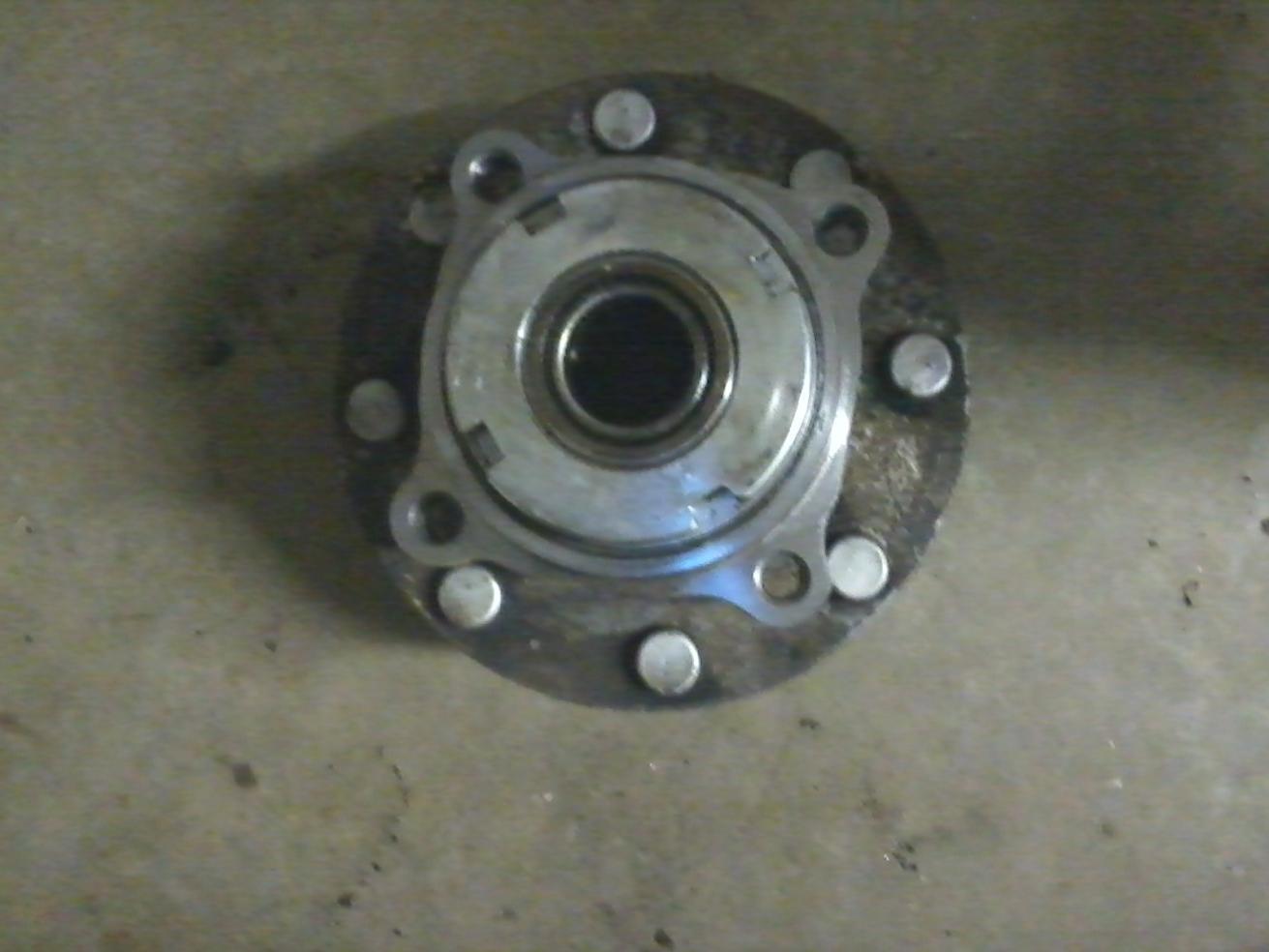 Can u rebuild a hub assembly-photo505.jpg