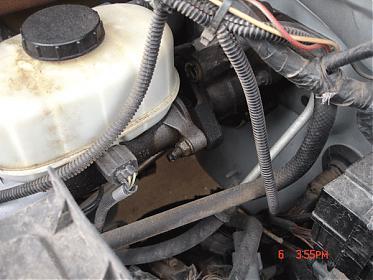 Power Steering Leak at tank-ps4.jpg