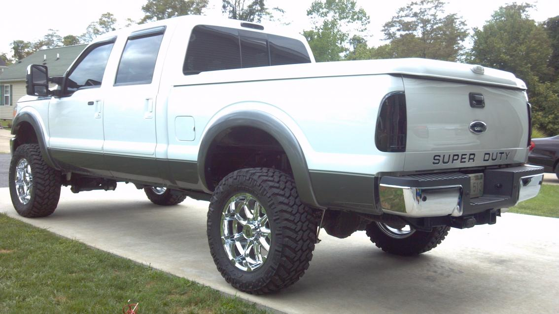 Updated pics - F350-rear-shot.jpg