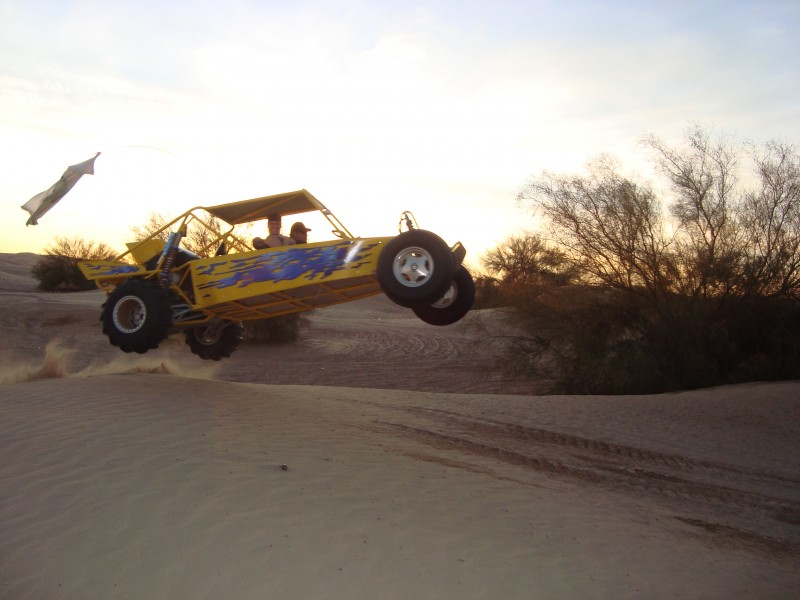 Couple of glamis pics w/ the buggy in action-rezized-jump.jpg