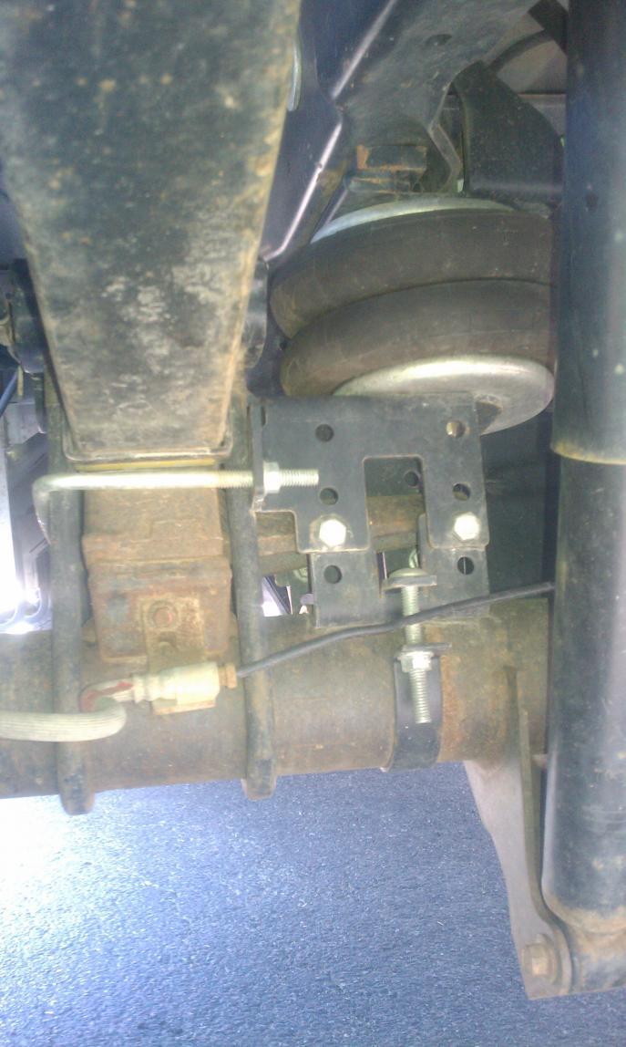 Firestone Airbag Install-rrair3.jpg