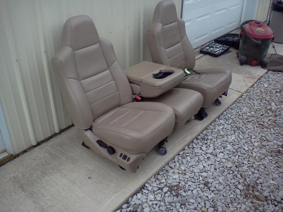F/S Lariat Front Leather Power Seats-seat-ii.jpg