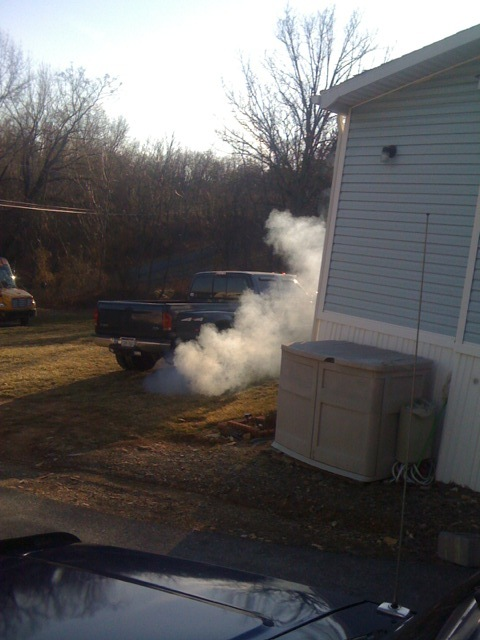 99 - lots of blue/white smoke, no loss of power?-smoker.jpg