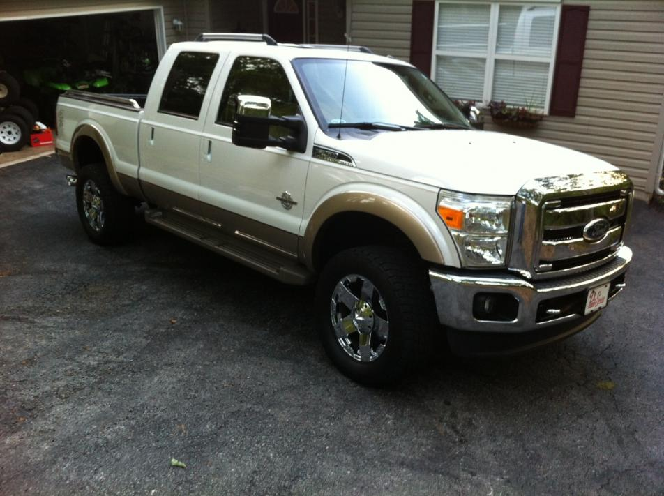 Help me decide fate of two tone pale adobe...-superduty.jpg