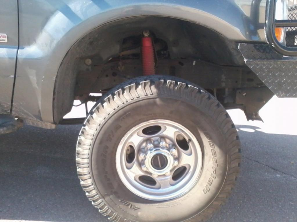 Zone Offroad leveling kit installed!!!-tire-after-lift.jpg
