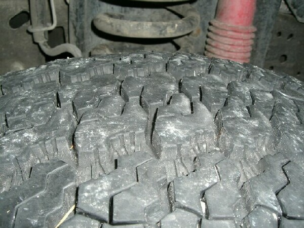 Strange Tire Wear Pattern-tirewear2.jpg