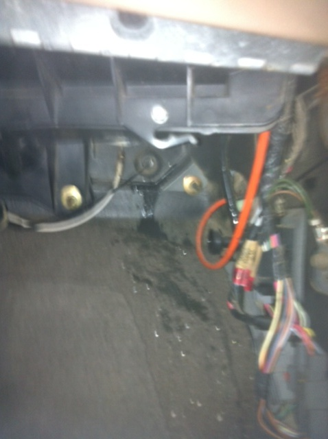 Water leak in cab-truck-2.jpg