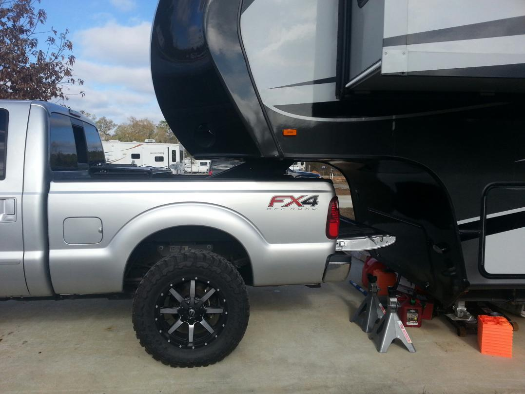 "Lifted 2017 F350 Dually >> Towing a 5th wheel with a 4.5"" lift and 37's. - Ford Powerstroke Diesel Forum"