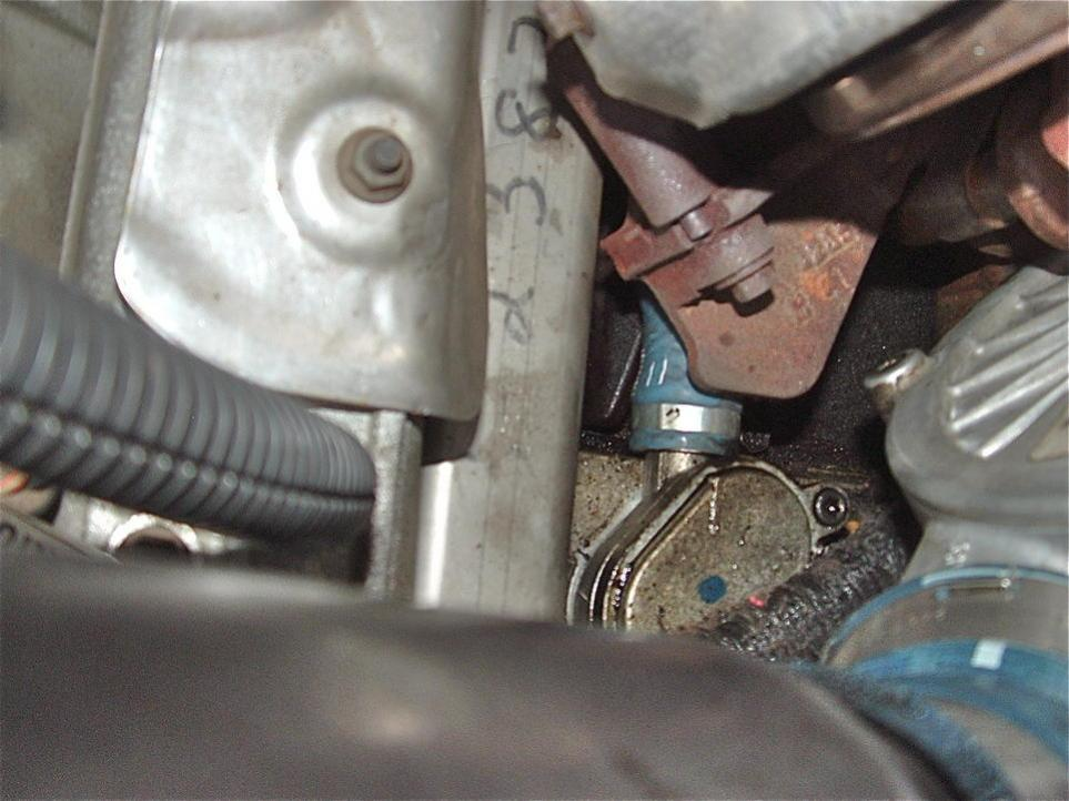 Coolant pouring out - 2006 F-250 6.0-user528909_pic46345_1284849180.jpg