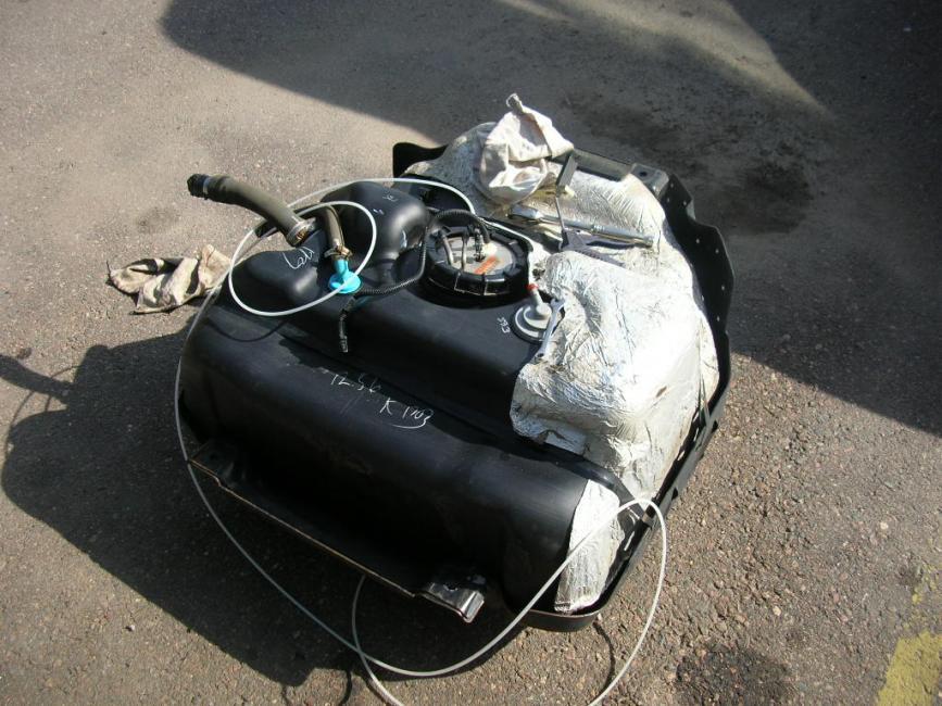 5 kw Webasto diesel heater install.-webasto-007.jpg