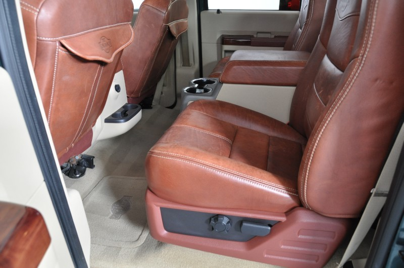 Need help and info on switching rear bench to captain chairs-ya_800.jpg